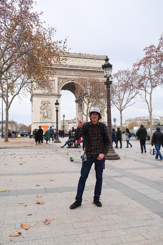Arc de Triomphe Paris France Atis Puampai Divine Tio