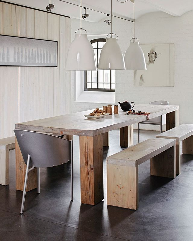 Bespoke reclaimed tables & benches, the centerpiece in any setting. Built to last a generation.