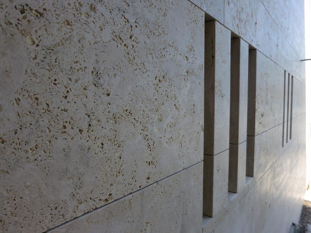 Details sind mit grossformatigen Fassaden gut umsetzbar.