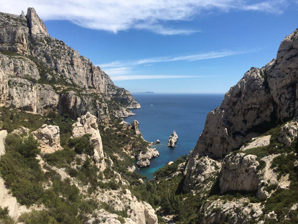 DAY 17. Visiting calanque de sugiton.