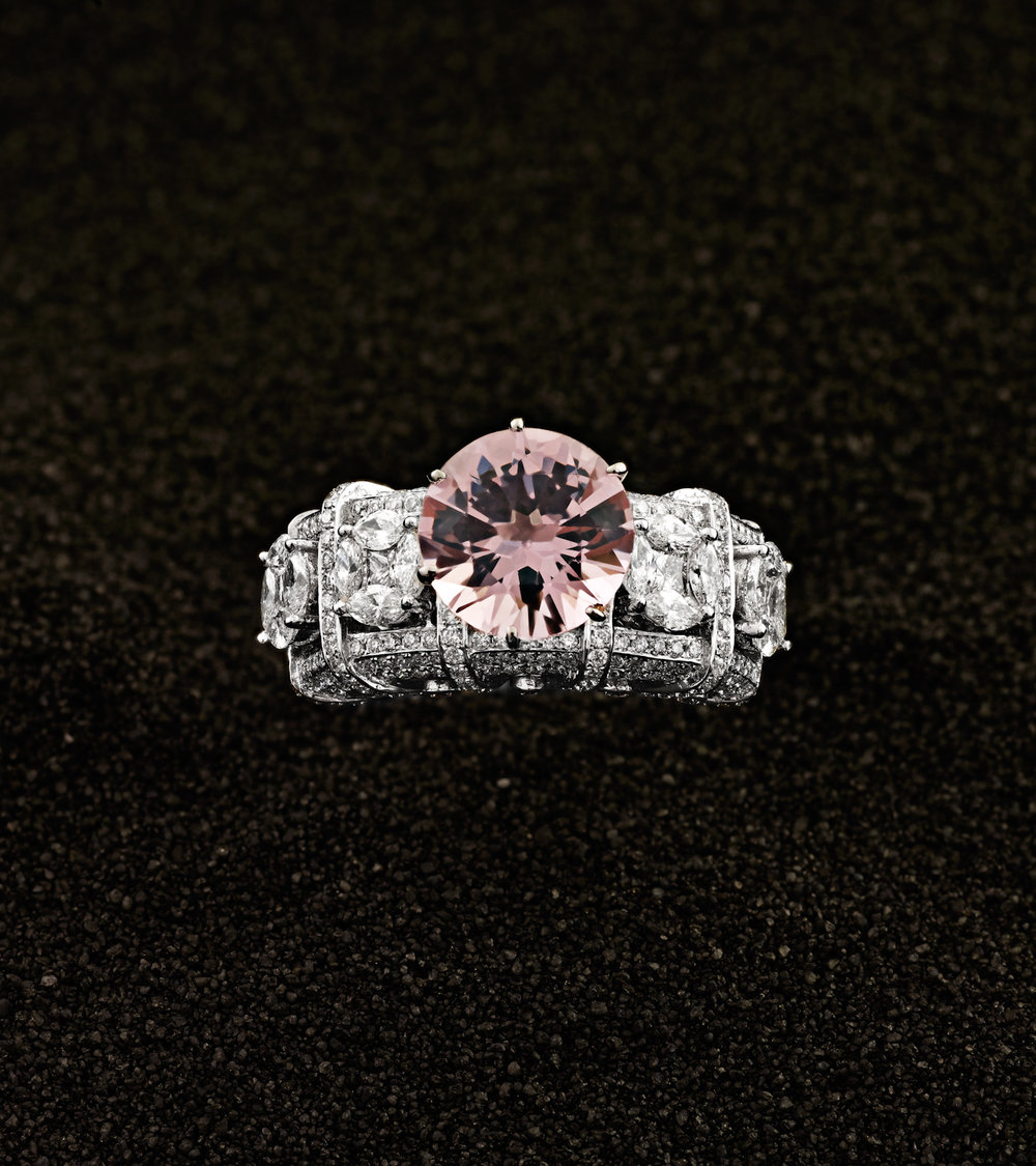 Damian By Mischelle ring, 18K white gold, set with pink spinel and white diamonds