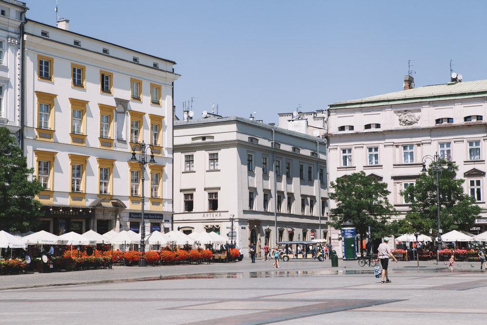 KrakowOldTown_9480.jpg