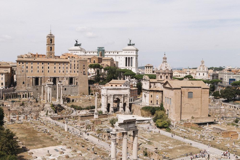 RomanForum_1693.jpg