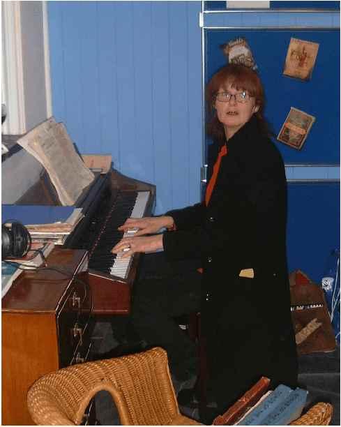 Julia MacLean