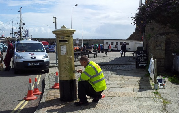 Golden Post Box for Helen Glover, Penzance