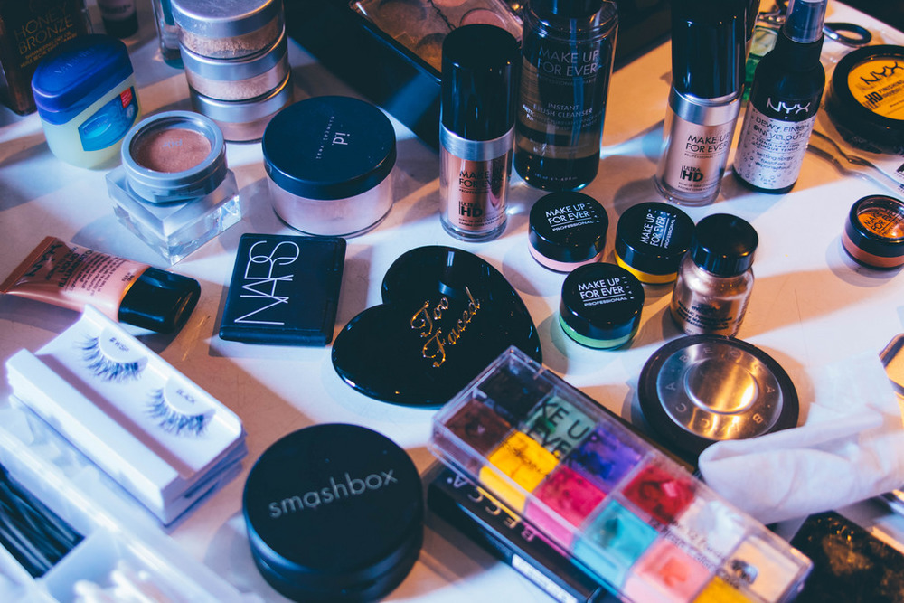 Makeup porn for the beauty addicts out there.