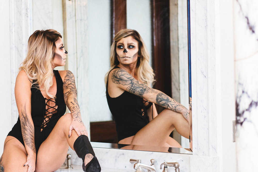 aesthetic-distance-markie-meghan-halloween-10.jpg