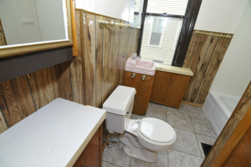 Bathroom2 - Lower.jpg