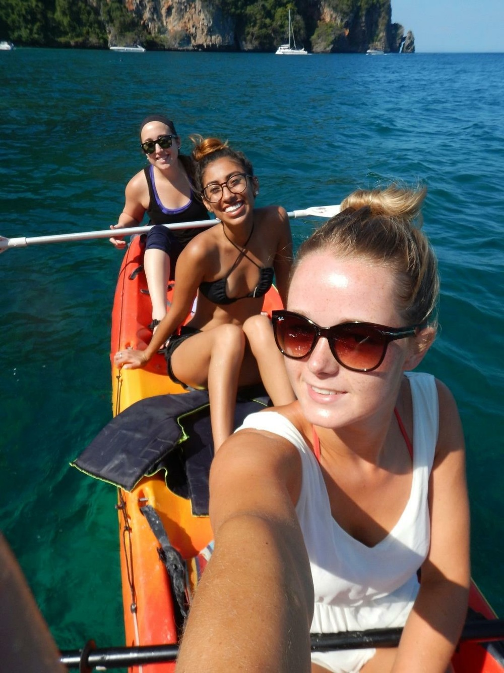 Kayaking with Laura from the Netherlands
