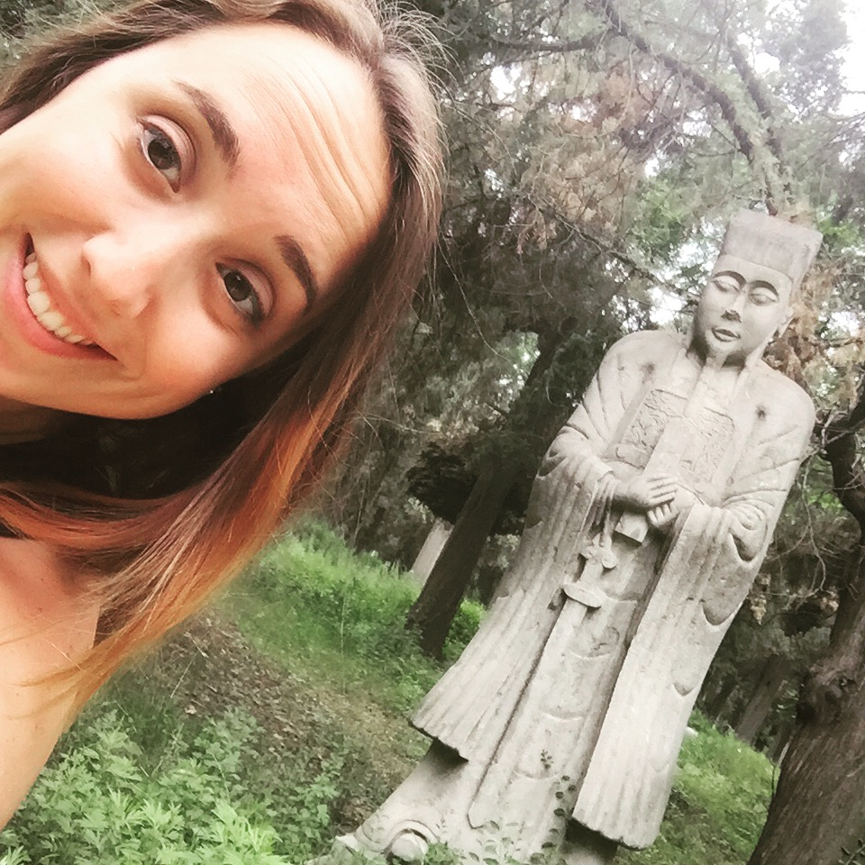 Selfie with a statue.