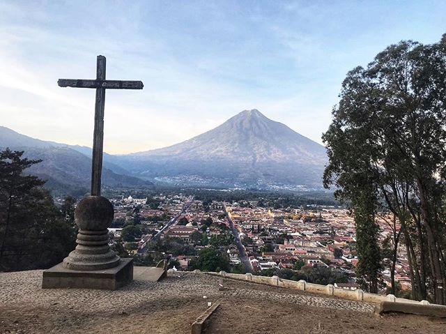 It's resurrection day for the festivities here in Antigua and for millions around the world. Whatever you celebrate, I hope you find moments for peace and reflection. Preferably with a good view ✝️ ______________________________ #antigua #cerrodelacruz #sunriseviews #volcano #guatemala #centralamerica #latinamerica #easter #eastersunday #resurrection #travel #wander #reflect #semanasanta