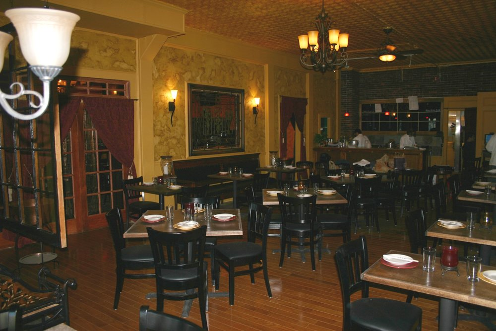 new dining side1.jpg