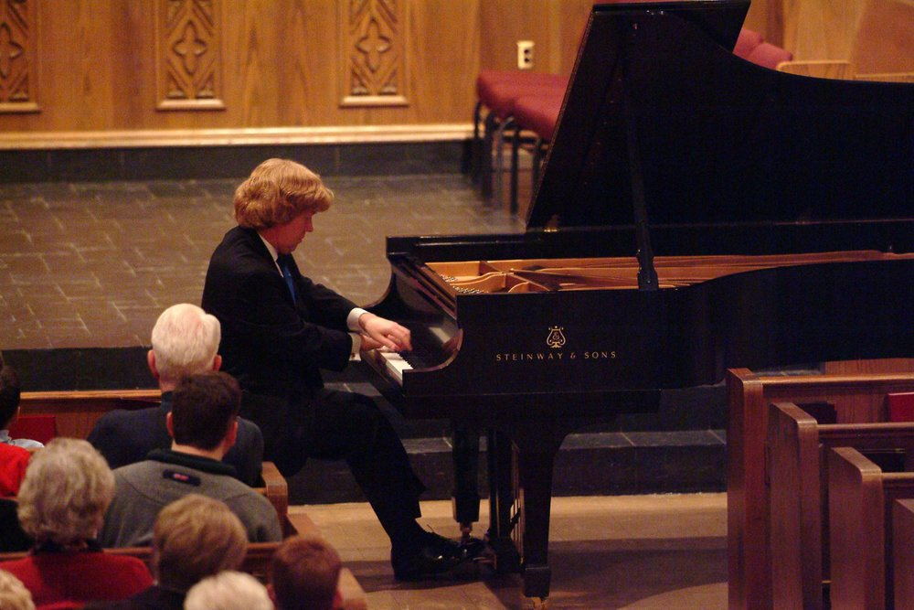 Bach and Chopin Recital for Chesterfield Arts; Chesterfield, Missouri; February 2005.