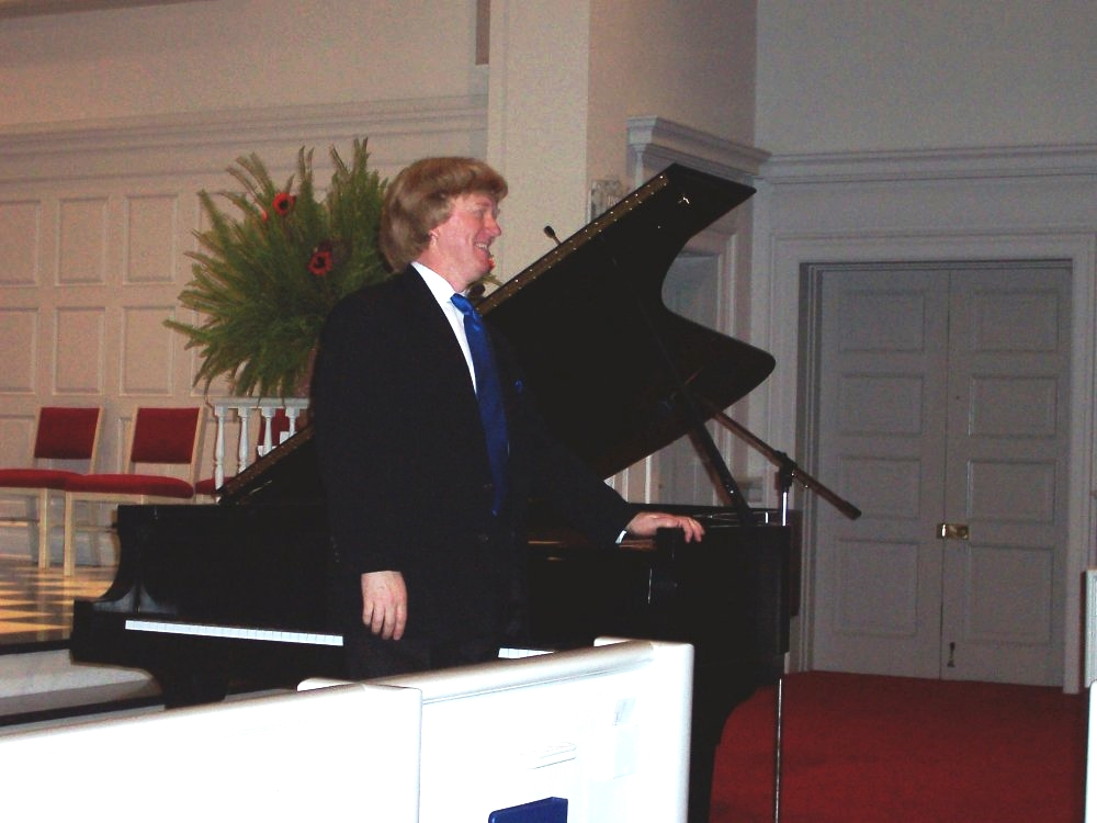 Ladue Chapel, Memorial Recital for Ted Wetterau; November 2004.