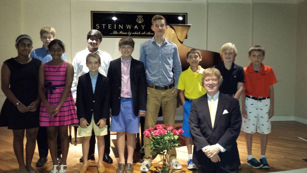 We recently wrapped up an excellent year of piano instruction at Chesterfield Piano Studio! This was a student recital held May 16th at the Steinway Piano Gallery, Jane Allen Recital Hall. Eight of my students received 'Superior' scores at the Federation Piano Festival in April!