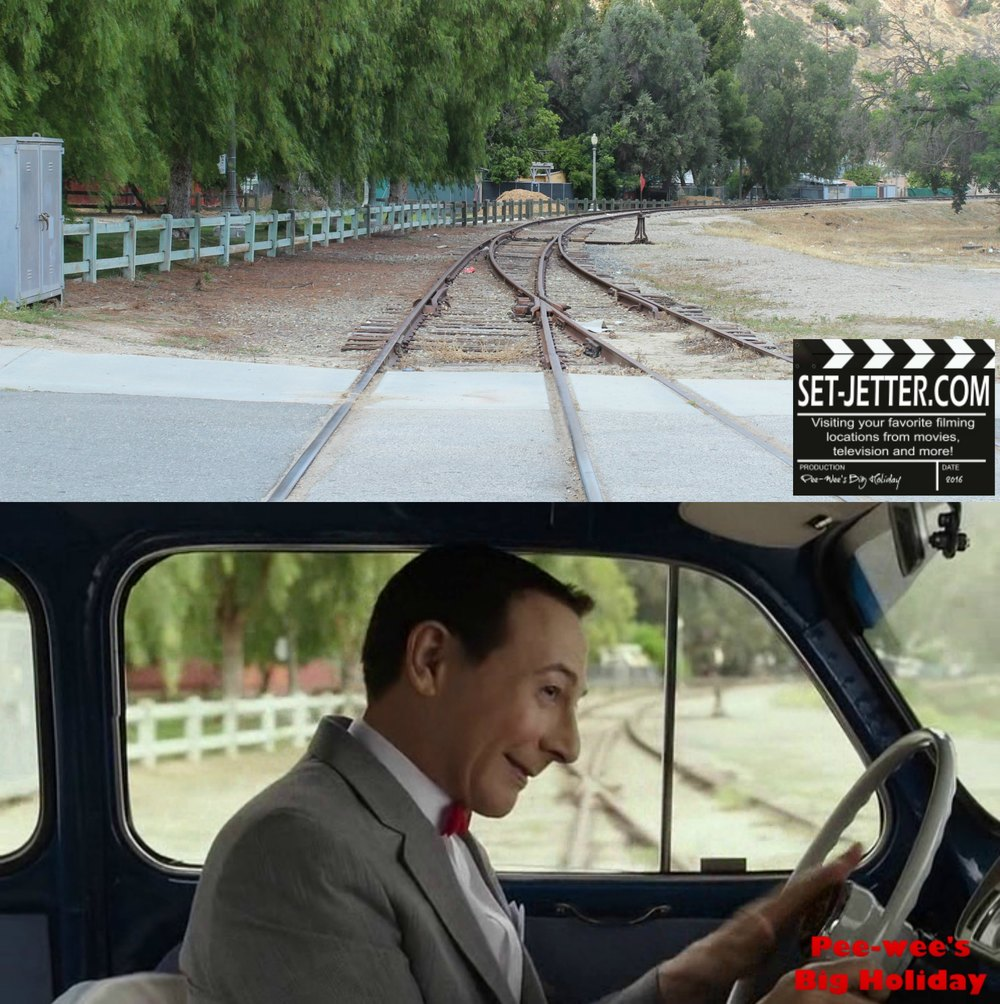 Pee Wee's Big Holiday comparison 331.jpg