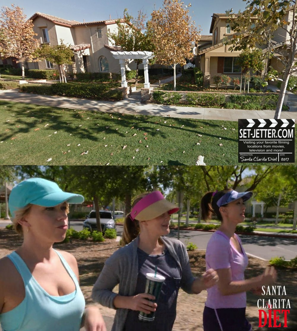 Santa Clarita Diet comparison - walk.jpg