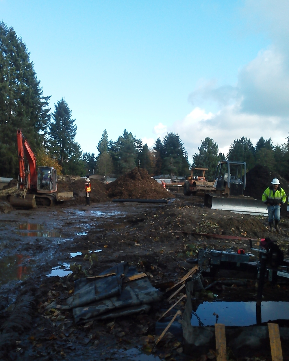 14-013 CHAMBERS LAKE STORMWATER TREATMENT FACILITY