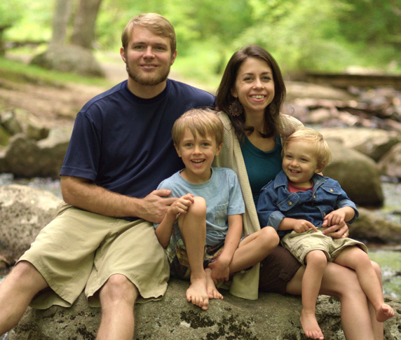 Matt and Stephanie Kramm and family. Click the image to learn more about Hope Haven Thialand.
