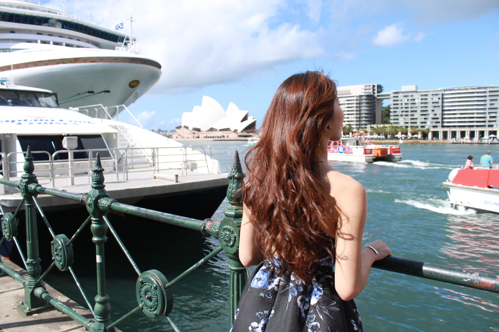 Hellooooo from Aussie! #FollowDearPostmanToSydney   from  Our Story ,  Fashion ,  Food .  Travel