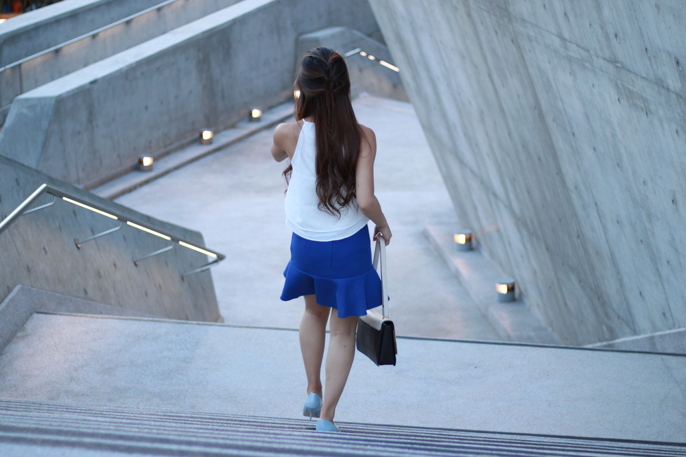 Fashmob  white halter top /  B+ab  blue skirt /  Lanvin  Partition two-tone shoulder bag /  Zara  blue heels