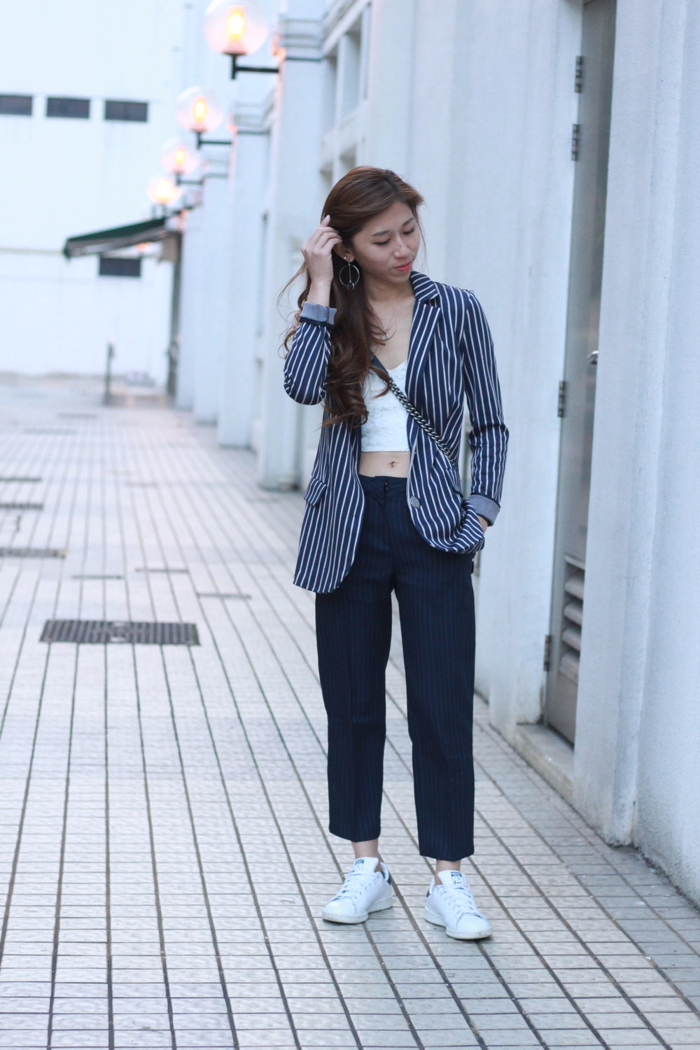Max&Co jacquard jersey blazer  /  Topshop  white bralette / Striped pants from Korea /  Adidas Stan Smith  /  Chanel boy  calfskin /  Emoda  earrings
