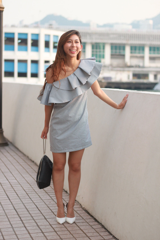 Solitude ruffle dress  /  Zara Contrasting Slingback Heeled Shoes  / Alexander Wang black clutch