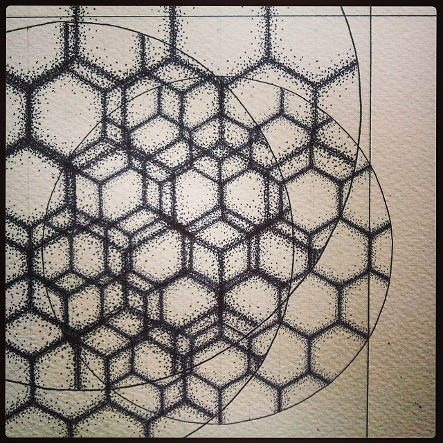 Scale scale #scale. Oh the developments. #art #drawing #science #magnetism #hexagons #geometry