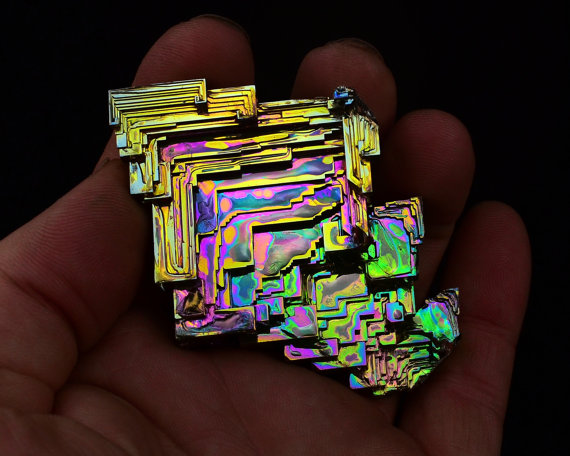 beautiful-minerals :     Bismuth crystal