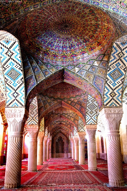 "voyagevisuelle: ""nasir ol-molk mosque"", Shiraz, Iran built from 1876-1888. (photography by Hanif Shaoei)"