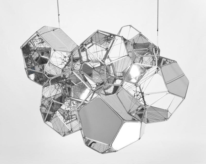 art-documents: Tomas Saraceno