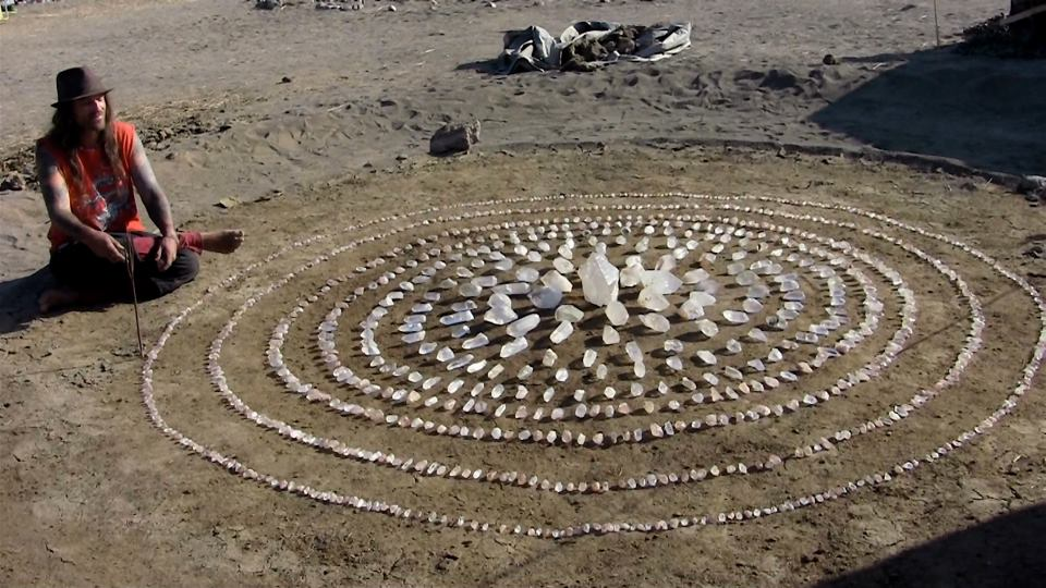 dewdropzgarden :      Himalayan Quartz Crystal Mandala at Pyramid Lake, Nevada, Sacred Land of the Paiute Tribe ( source )