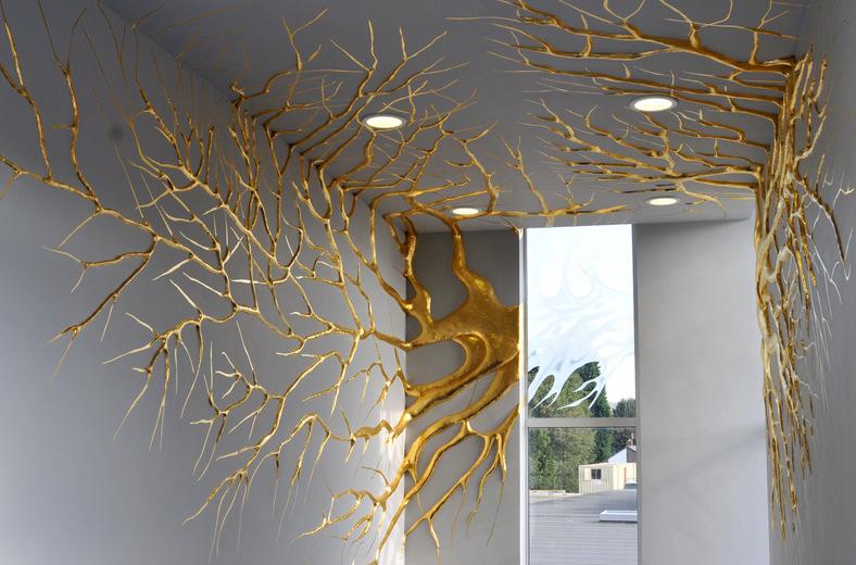 shinyslingback :       Elpida Hadzi-Vasileva       Transpire 2010     stucco and 23.5cr gold leaf,