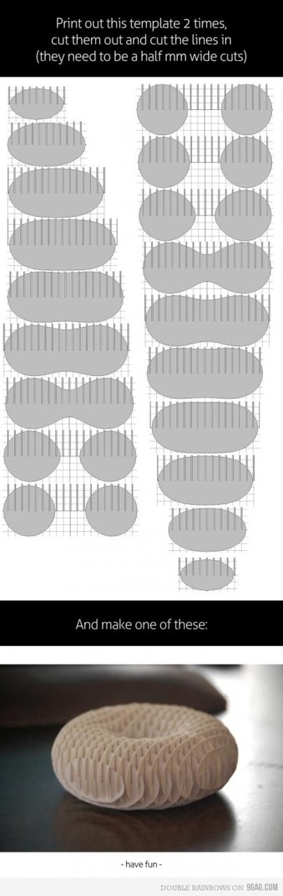 9gag: How to make a 3D paper torus