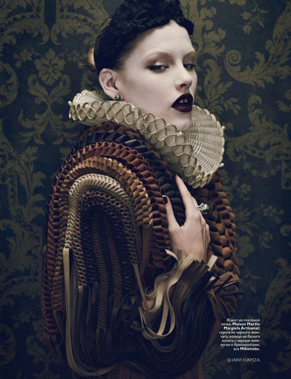 cutiseverything: Title: Дворцовая интрига Magazine: Vogue Russia December 2010 Model: Ashley Smith Photographer: Sharif Hamza Stylist: Simon Robins