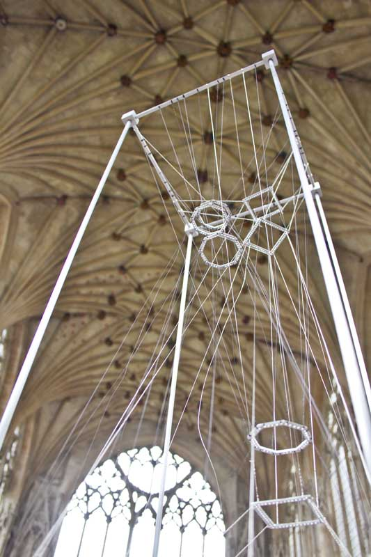 Wire-sculpture Alexandra Carr.jpg