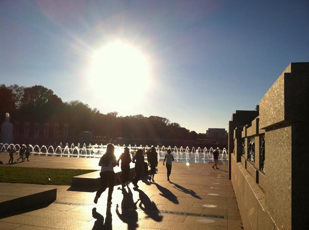 Random pre-teens running in a straight line, WWII Memorial, DC