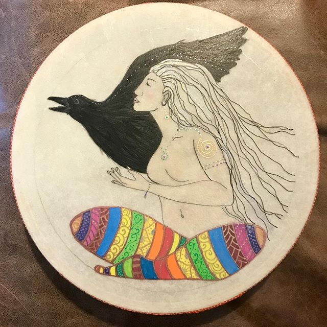 """""""Crow Woman Sees"""" Quote on back """"walk through the world without fear even if the way is not clear"""" An 8 inch drum - closed on both sides but not an ocean drum  Available - MSG me if interested #drumart #artisandrums #drawinginwardarts #crowart #crowdrums #goddessart #shamancrowwoman #shamandrum #sheflysthroughthedarkness #crow #crowgoddess #flyingthroughdarkness #walkwithoutfear"""