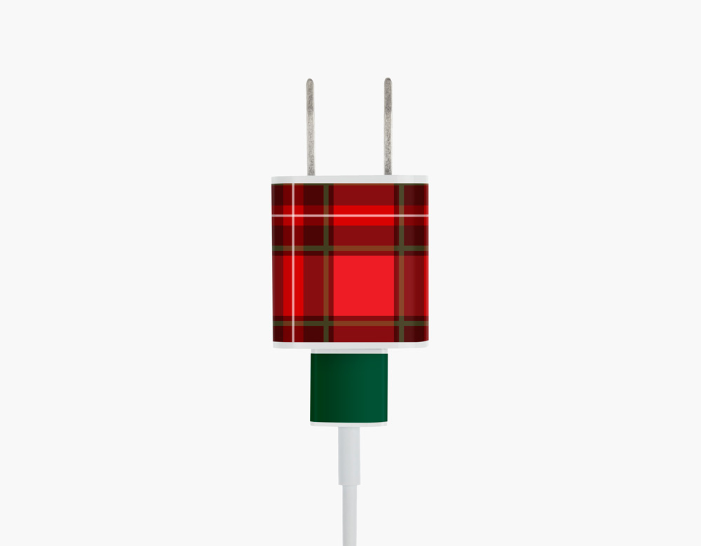 Meo_Plaid_iphone_USB.jpg