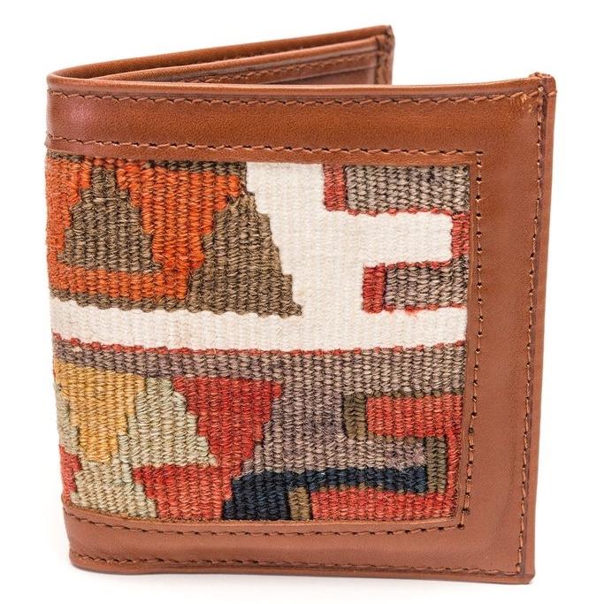 Kilim Wallet, Res Ipsa