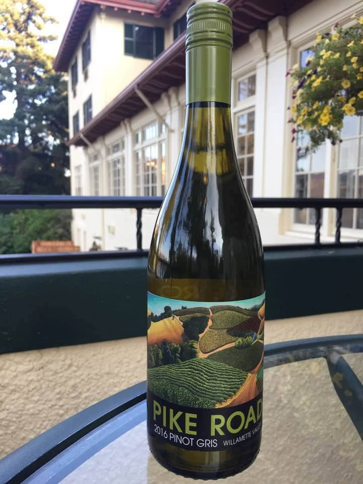 pike-road-wines-2016-pinot-gris-bottle-cgh.jpg
