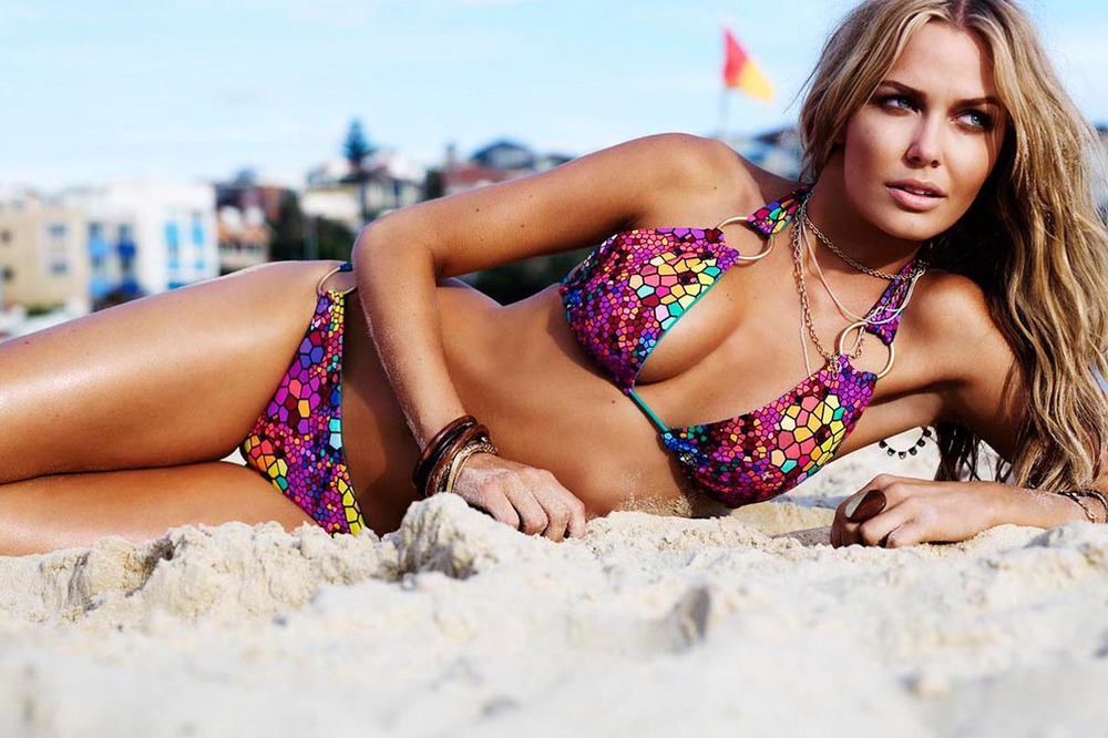 LARA BINGLE FOR SPEEDO SUMMER 2010