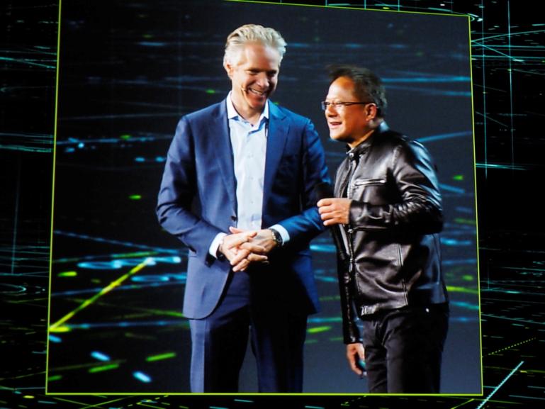 Scott Keogh, President of Audi America, and Jen-Hsun Wong, nVidia Chairman.