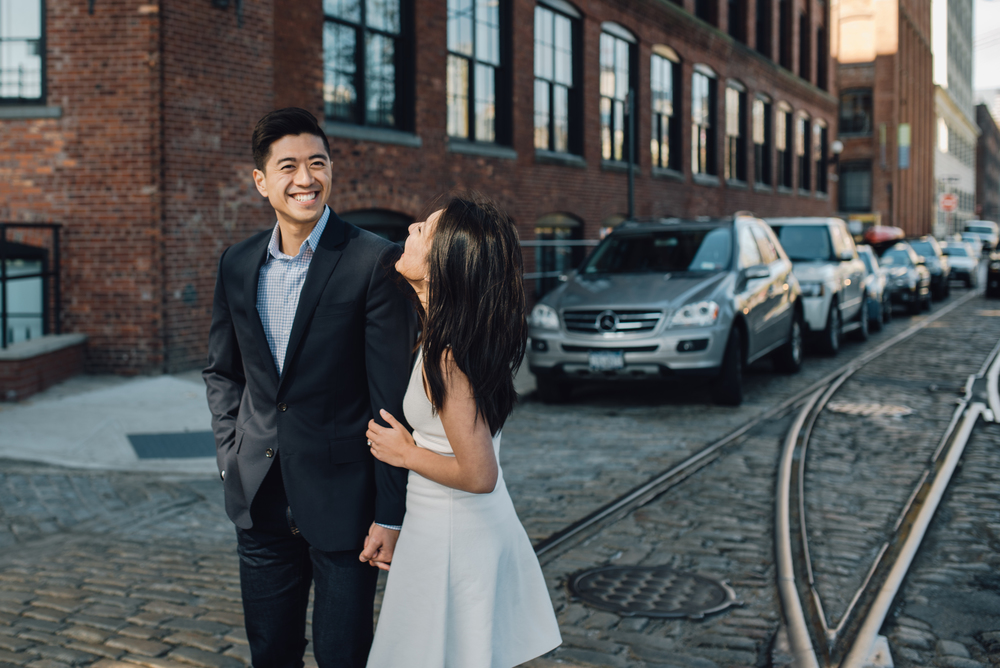 Main and Simple Photography_2016_Engagement_DUMBO_D+I-387.jpg