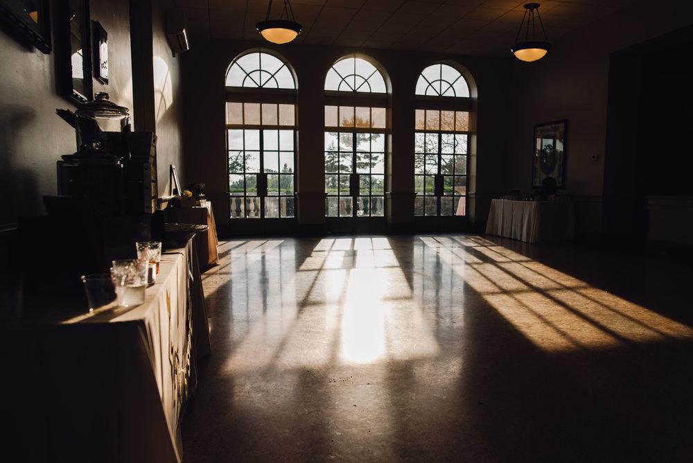 Main and Simple Photography_2016_Wedding_Cincinnati_D+J_Blog-208.jpg