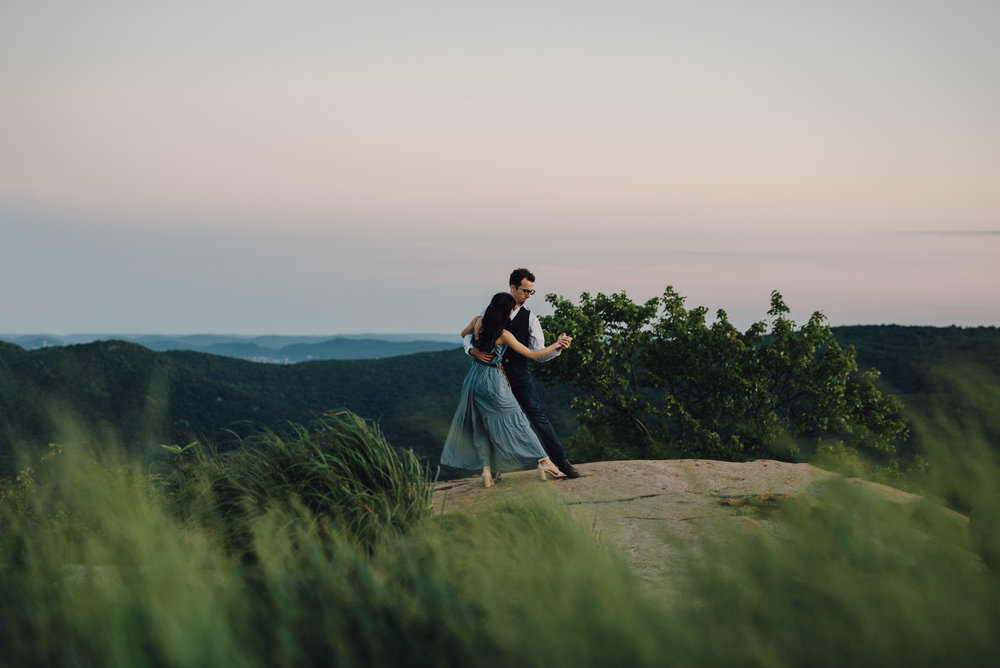 Main and Simple Photography_2016_Engagement_BearMt_L+J-377.jpg