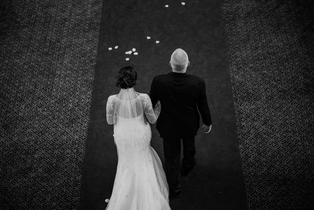 Main and Simple Photography_2017_Weddings_Cincinnati_S+B-770.jpg