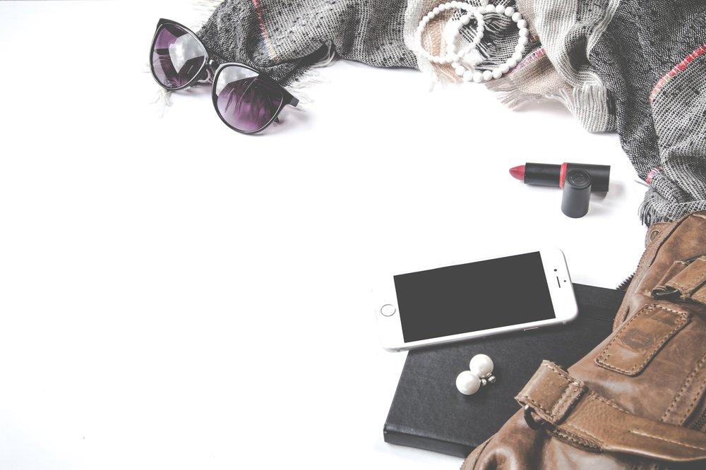 Bag phone sunglasses