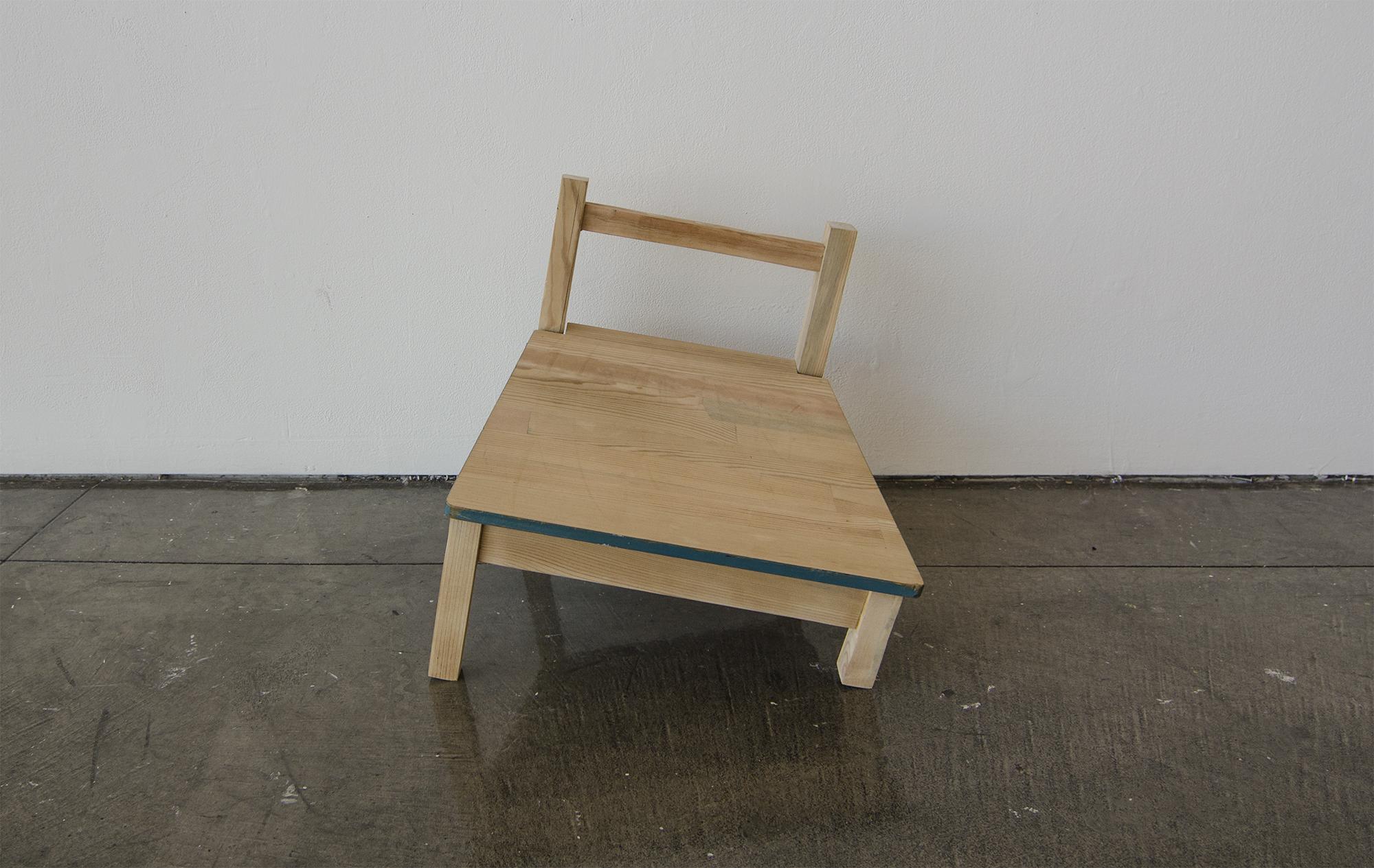 Balance Chair_Fallen