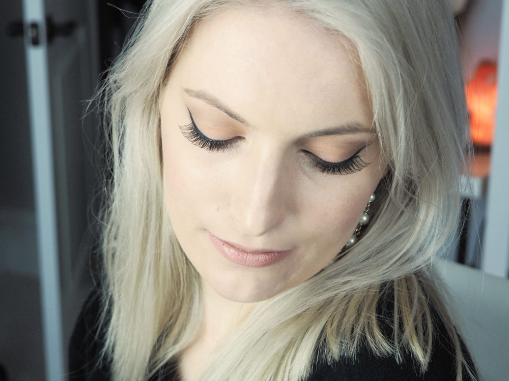 Here's the look with lashes on. Makes a big difference for me because my lashes are short and spindly!